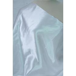 Bílá saténová podšívka