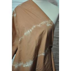 Bavlna hnědocihlová batika