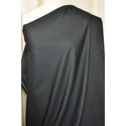 Černá kostýmovka s elastanem